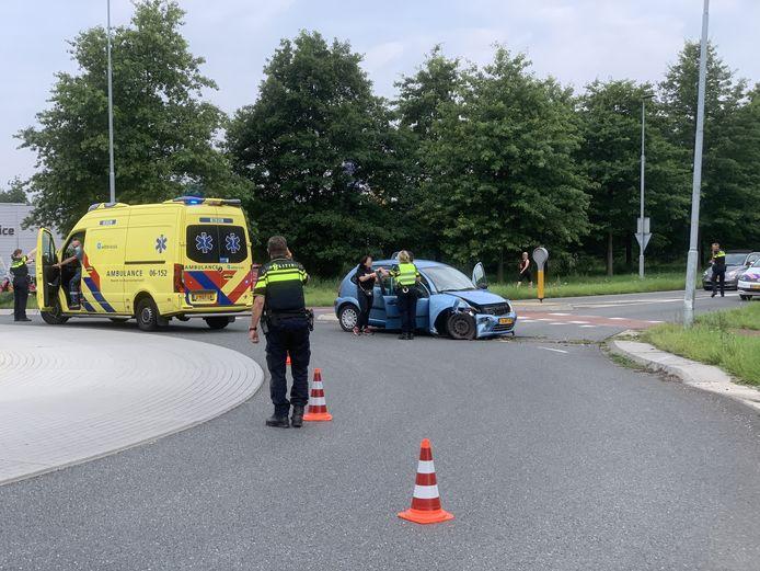 De situatie op de Energiestraat in Doetinchem kort na het ongeluk.
