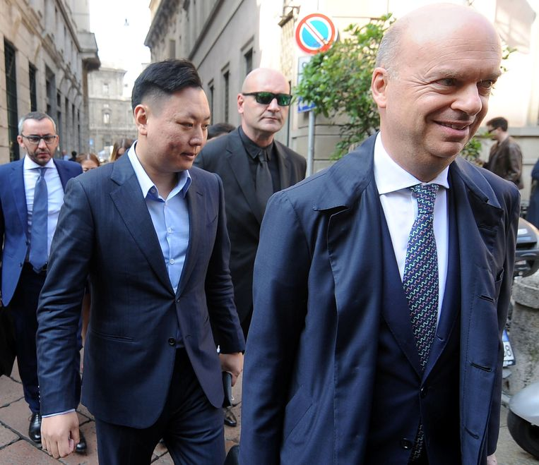 David Han Li arriving at a notary's office for the transfer of ownership of AC Milan from Silvio Berlusconi's Fininvest to China's Li Yonghong in Milan Beeld REUTERS