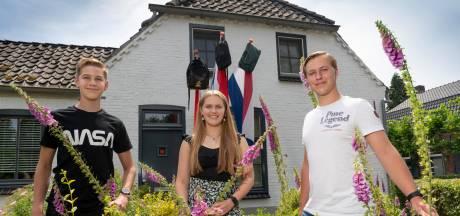 Geen eindexamenstunt, gala of feestje: maar wél drie geslaagden in één Gemonds gezin
