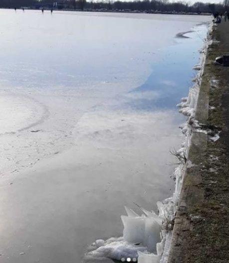 Politie: ijs op Paterwoldsemeer en Hoornsemeer te dun, ongelukken al gebeurd