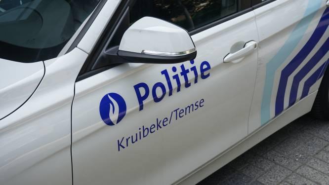 Fietser aangereden in Scouselestraat, auto blijkt niet gekeurd