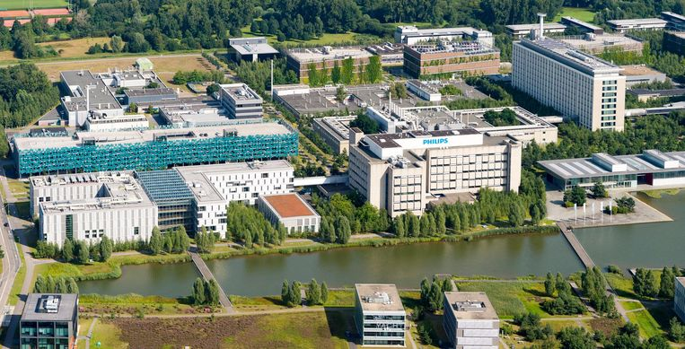 Onder andere Philips, NXP, Intel, ASML en IBM zijn gevestigd op de High Tech Campus. Beeld ANP