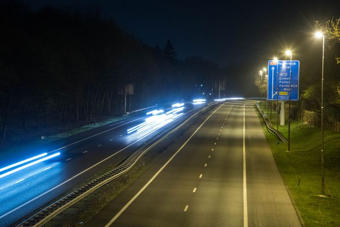 Harderwijk - Afsluiting A-28 ivm werkzaamheden. Foto afsluiting A-28 tussen afslag Lelystad en afslag N303. FOTO:BRAMVANDEBIEZEN