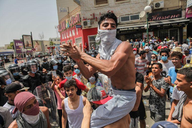 De beslissing van de president volgde op een dag van hevig antioverheidsprotest. Beeld NurPhoto via Getty Images