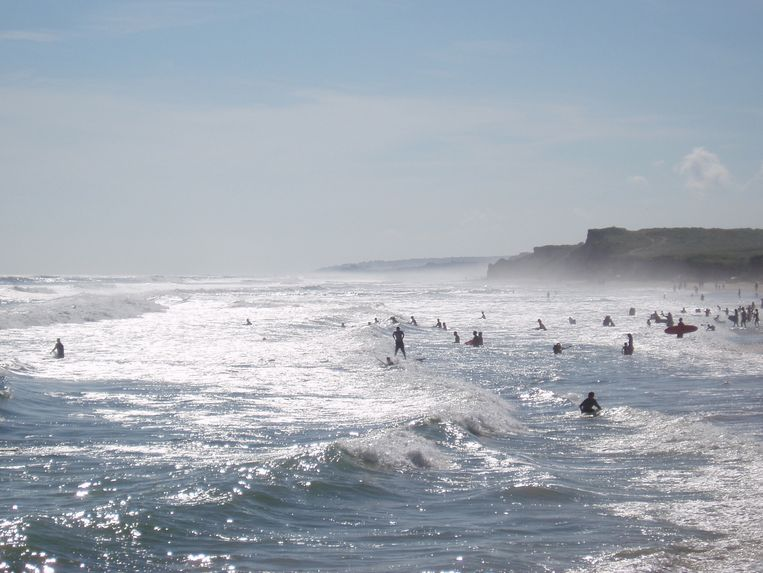 USA, New York, Suffolk County, Montauk Ditch Plains beach in summer Beeld Getty Images/RooM RF