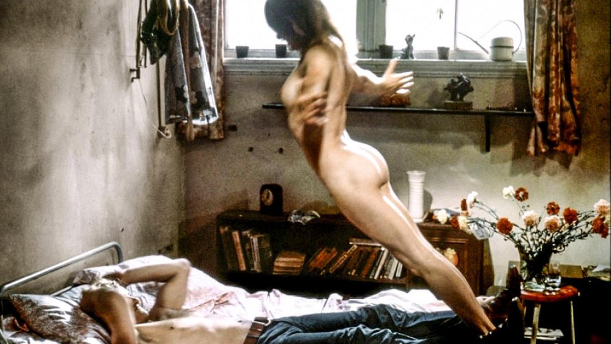 Смотреть эротический фильм монастырь греха онлайн колени перед