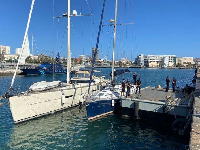 De Spaanse politie nam eind september 35.000 kilo hasj in beslag, die gesmokkeld werd via luxe zeiljachten.