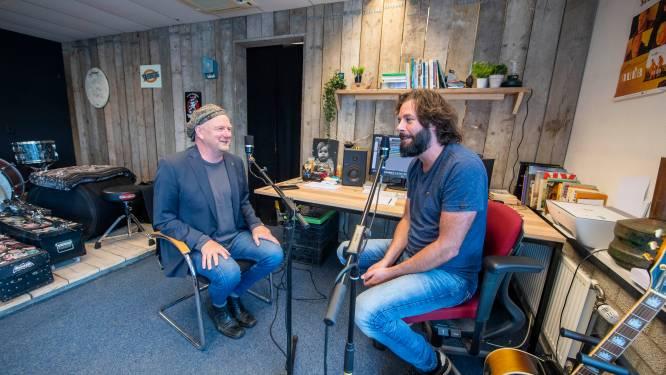 Heinoër Bökkers in podcast over Nedersaksisch: 'Prachtig dat we nu nog die oude Germaanse taal spreken'