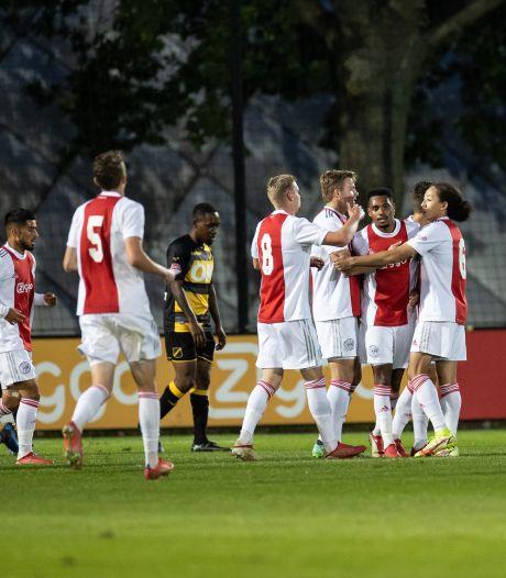 Teleurstellend NAC krijgt voetballes op De Toekomst en moet liefst zes keer vissen tegen Jong Ajax