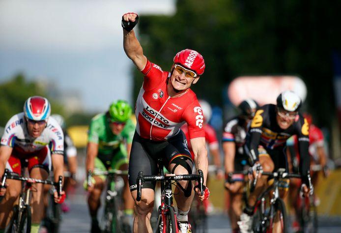 André Greipel won in 2015 vier Tour-etappes, waaronder deze in Parijs.
