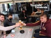 """Meteen sfeer bij heropening terrasjes op Izegemse Grote Markt: """"We gaan nog niet direct naar huis!"""""""