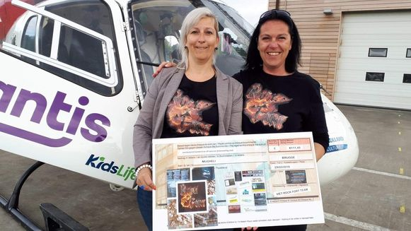 Marine en Sabrina Sys schenken geld aan MUG-heli