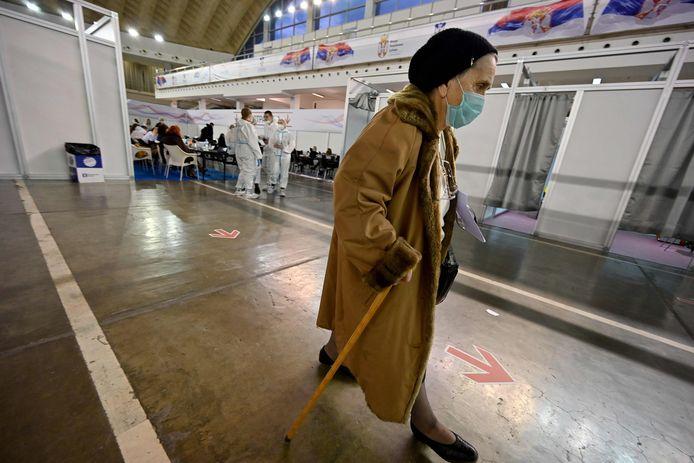 Vaccinatiecentrum in de Servische hoofdstad Belgrado, waar met een Chinees vaccin wordt ingeënt
