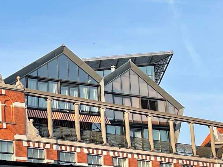 De daken van de Kalvertoren. Beeld Floor van Spaendonck en Gijs Stork