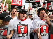 Hollywood-schrijvers dreigen met staking voor meer salaris