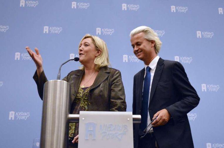 Marine Le Pen en Geert Wilders in Nieuwspoort. Beeld afp