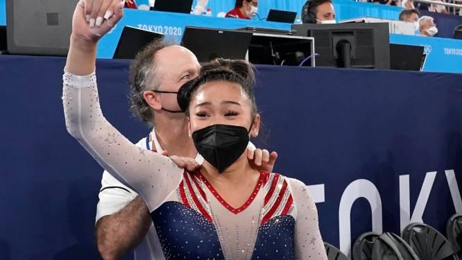 Familie verloren door corona, goud gewonnen voor verlamde papa: de 'crazy' Spelen van Sunisa Lee, dé uitdaagster van Nina Derwael voor olympisch goud op brug