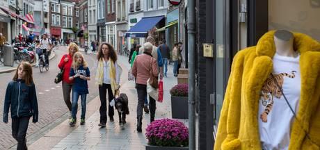 Plots staat vrijwel geen winkel meer leeg in de Vughterstraat: 'Ik wil hier niet meer weg'