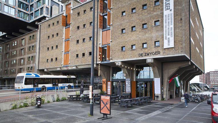 In 2006 opende Pakhuis de Zwijger op de Piet Heinkade Beeld Floris Lok
