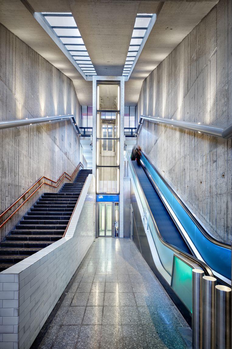 Metrostation Holendrecht in Amsterdam, na de renovatie. Beeld Digidaan