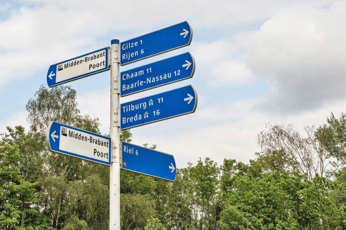 De wegwijzers van de ABG-gemeenten Alphen-Chaam, Baarle-Nassau en Gilze en Rijen staan voor de verandering in een richting.