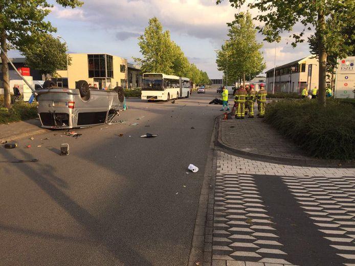 Het ongeluk gebeurde op de Van Leeuwenhoekstraat in Harderwijk.