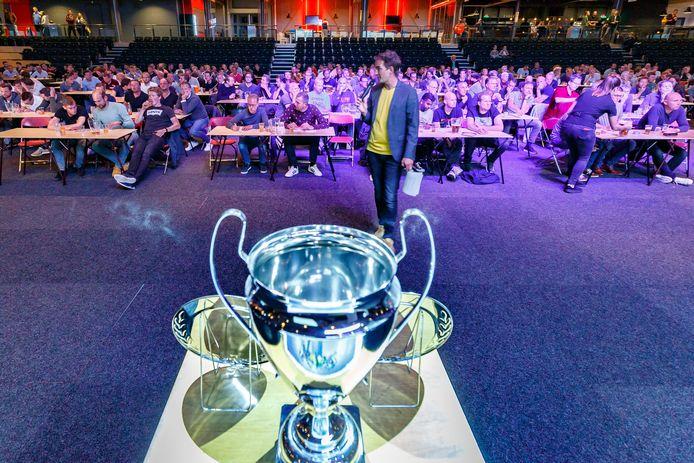 Het Landstede Sportcentrum is al jaren het decor van het Zwols Kampioenschap Voetbalquiz. Dit jaar wordt het vanwege de coronacrisis voor het eerst online gehouden.