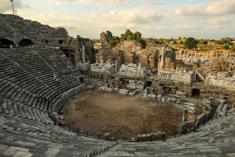 Het Romeinse theater in Antalya. Turkije geldt nog steeds als rode zone. Beeld AP
