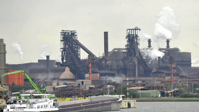 Le port de Gand et les entreprises environnantes seront totalement à l'arrêt lundi, préviennent les syndicats.