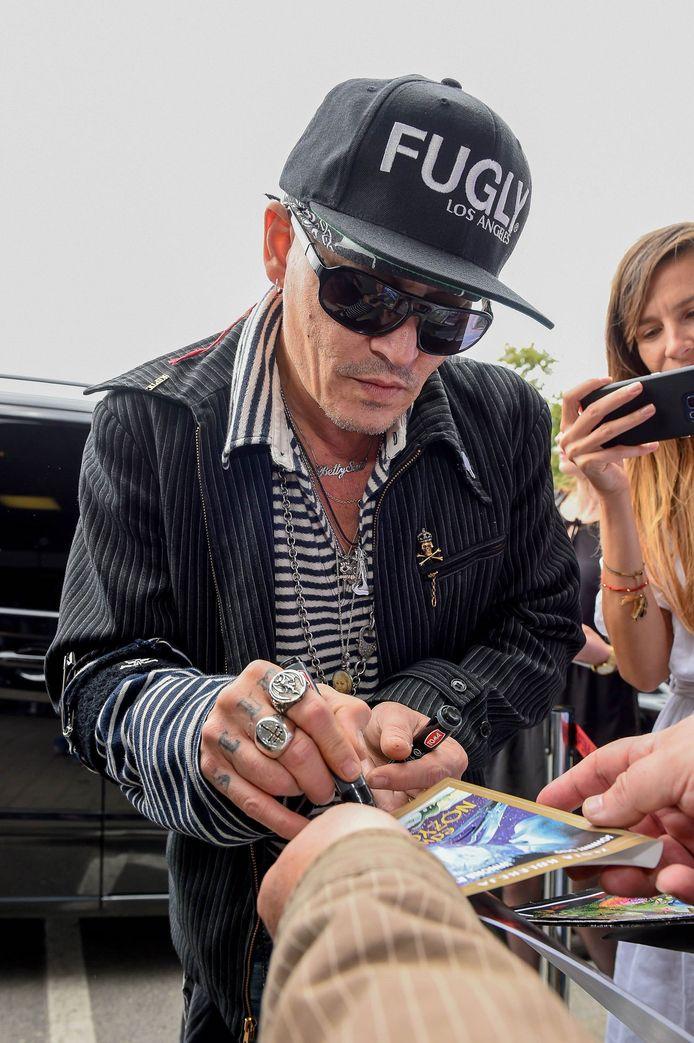 Fans maakten zich zorgen over Johnny Depp, omdat hij er zo mager uitziet tegenwoordig. Maar de acteur zou zich voorbereiden op een rol, waardoor hij fel moet vermageren.