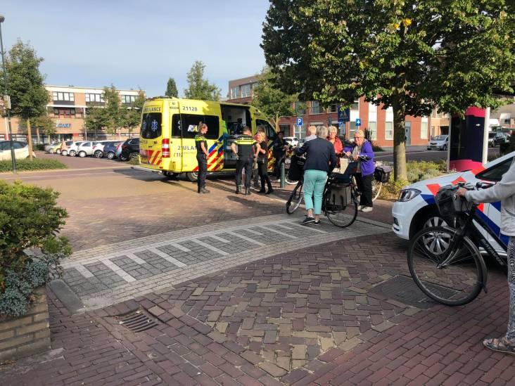 Vrouw raakt gewond na botsing met andere fietsster in Zeeland