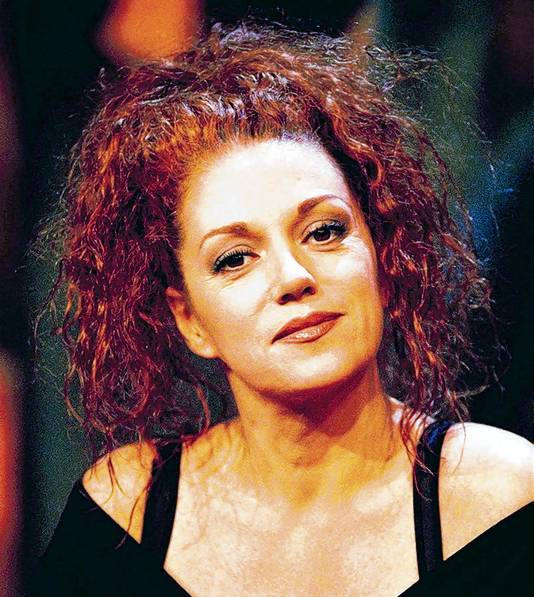 Sylvia Millecam overleed in 2001 aan borstkanker.