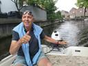 Even wat vrije tijd: Bert in zijn boot in Alkmaar, op vaderdag 2020.