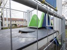 Gemeente repareert vernielde glijbaan in Nijverdal niet, want 'omwonenden hadden moeten ingrijpen'