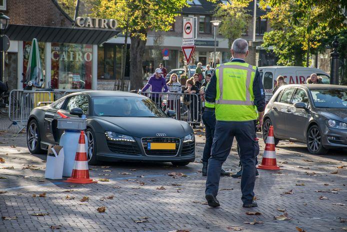 Een Audi trekt veel bekijks