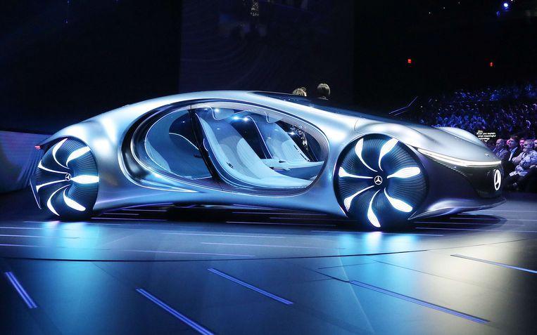 De wagen van de toekomst volgens Mercedes-Benz: zonder stuur, en kan zijwaarts rijden Beeld AFP