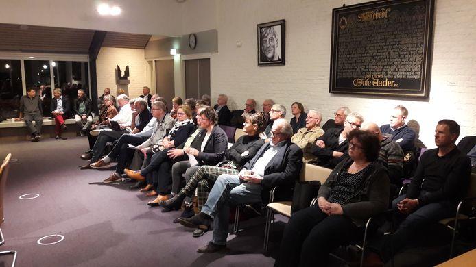 Bij de laatste raadsvergadering in Geldermalsen, 3 maart, zat de publieke tribune zoals altijd nog aardig vol