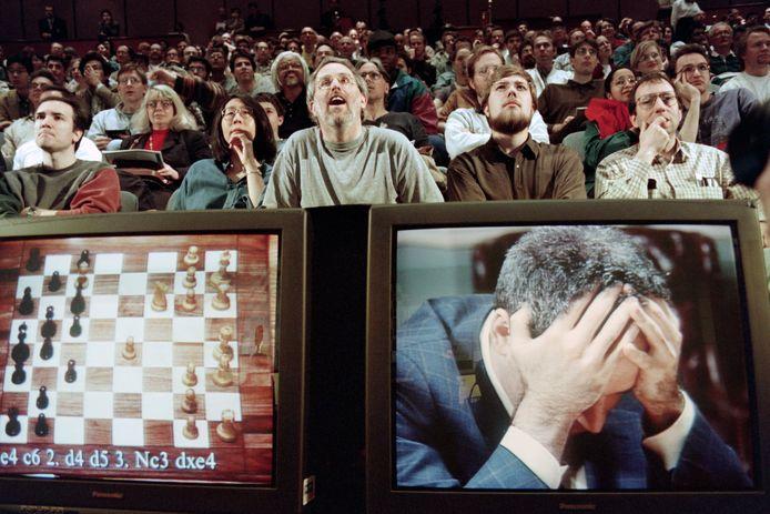 In 1997 verloor Kasparov de herkansingswedstrijd van Deep Blue. Hij kon het niet geloven.