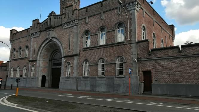 Gentse gevangenis vreest corona-uitbraak na positieve test bij 9 gedetineerden: Nieuwewandeling laat testbus komen