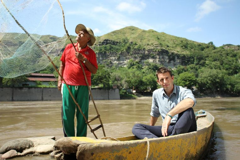 Op een bootje in Colombia Beeld Niels van Koevorden