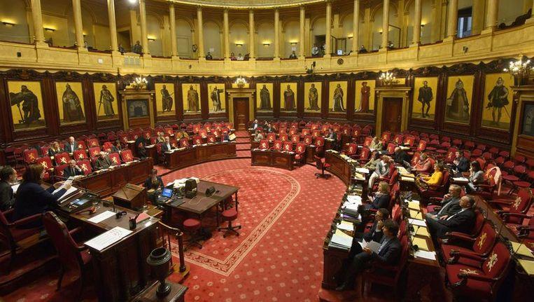 De nieuwe Senaat zal 105 medewerkers op haar betaalrol hebben staan.