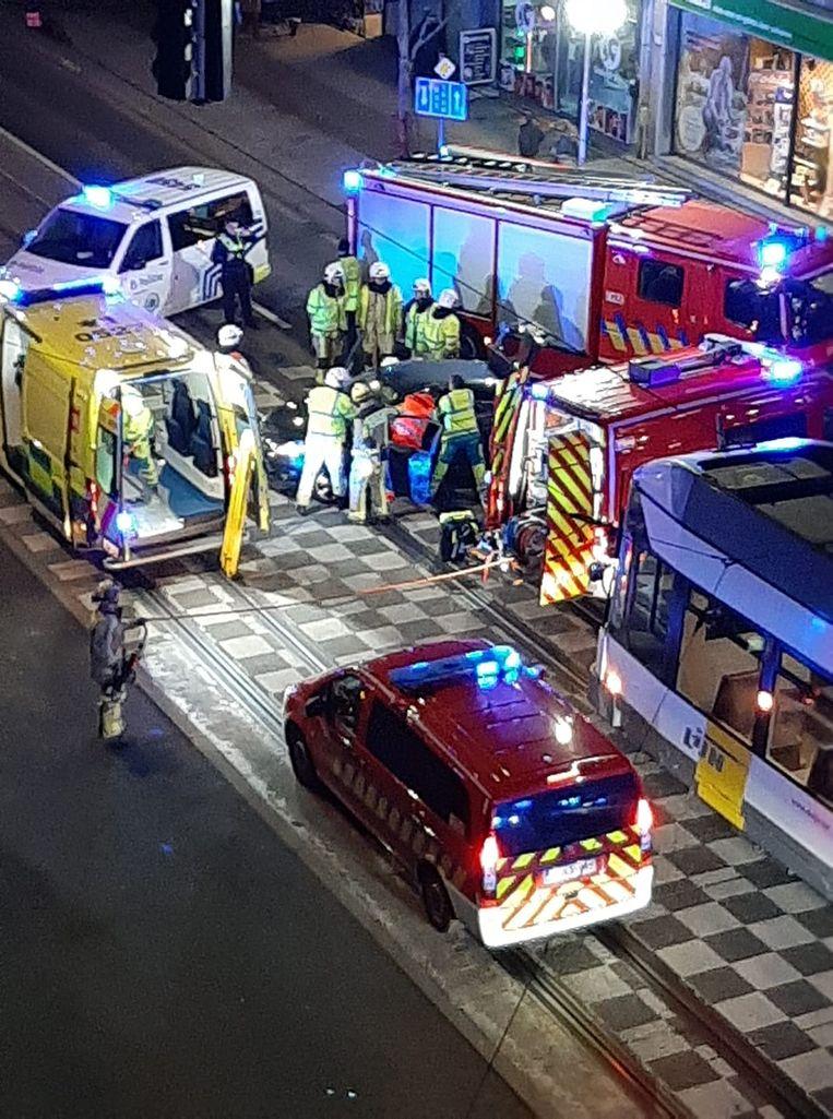 Botsing tussen een auto en een tram in Merksem.
