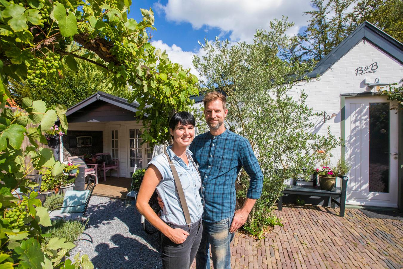 Karin en Jeroen van der Meij van Bed and Bentwoud.