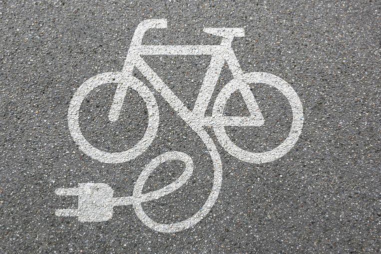 Speed pedelecs of speed e-bikes zijn elektrische fietsen die snelheden kunnen halen van 45 kilometer per uur Beeld Thinkstock