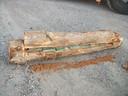 Een van de uitgeholde boomstammen met daarin blokken cocaine.