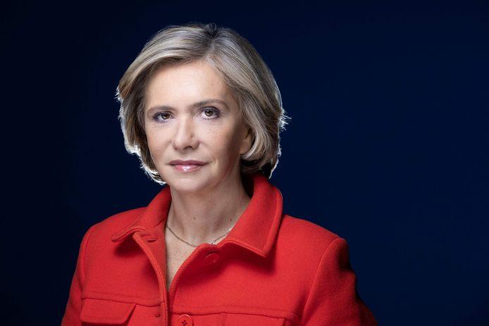 Réélue en juin à la tête de l'Ile-de-France, dont Paris est la capitale, Valérie Pécresse est la deuxième prétendante ex-LR à annoncer sa candidature à droite, après son homologue de la région des Hauts-de-France (nord), Xavier Bertrand, fin mars.