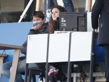 Primeur bij Willem II: Suse van Kleef eerste vrouwelijke voetbalcommentator bij Langs de Lijn