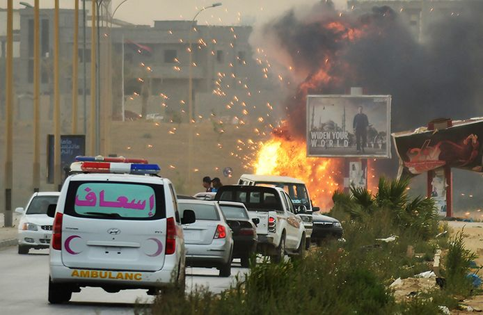 In Libië werd door de nieuwe opperbevelhebber Haftar en zijn troepen hevig gevochten tegen allerlei milities, zoals Ansar al-Sharia.