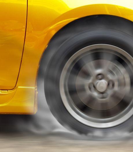 Axelaar dubbelt de snelheidslimiet, kan rijbewijs afgeven