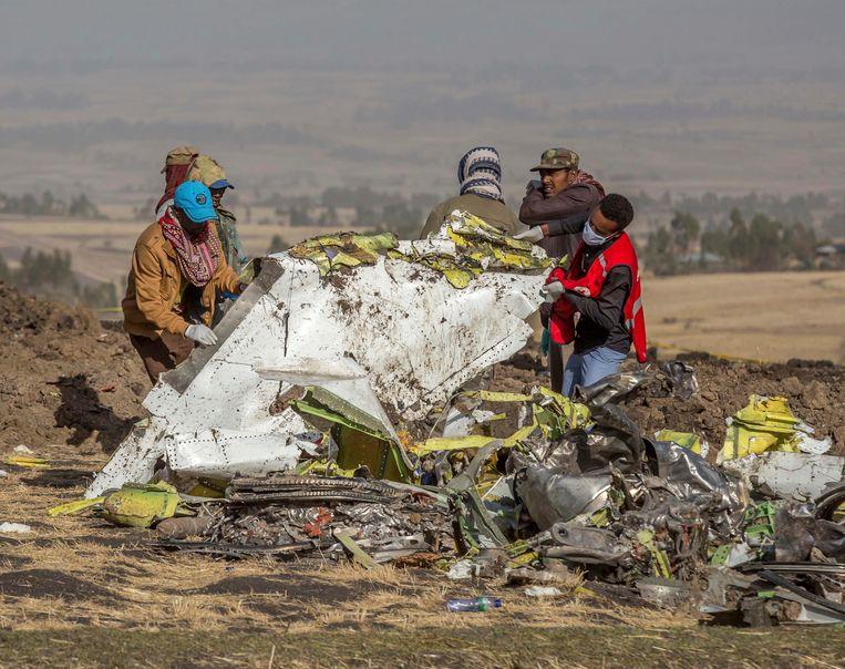Een Boeing 737 Max van Ethiopian Airlines stortte neer op 10 maart 2019. Alle 157 inzittenden kwamen om. Beeld AP